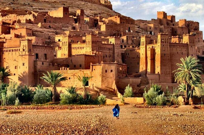 Kasbah Ait Ben Hadou. Stop during tour to Merzouga Dsert