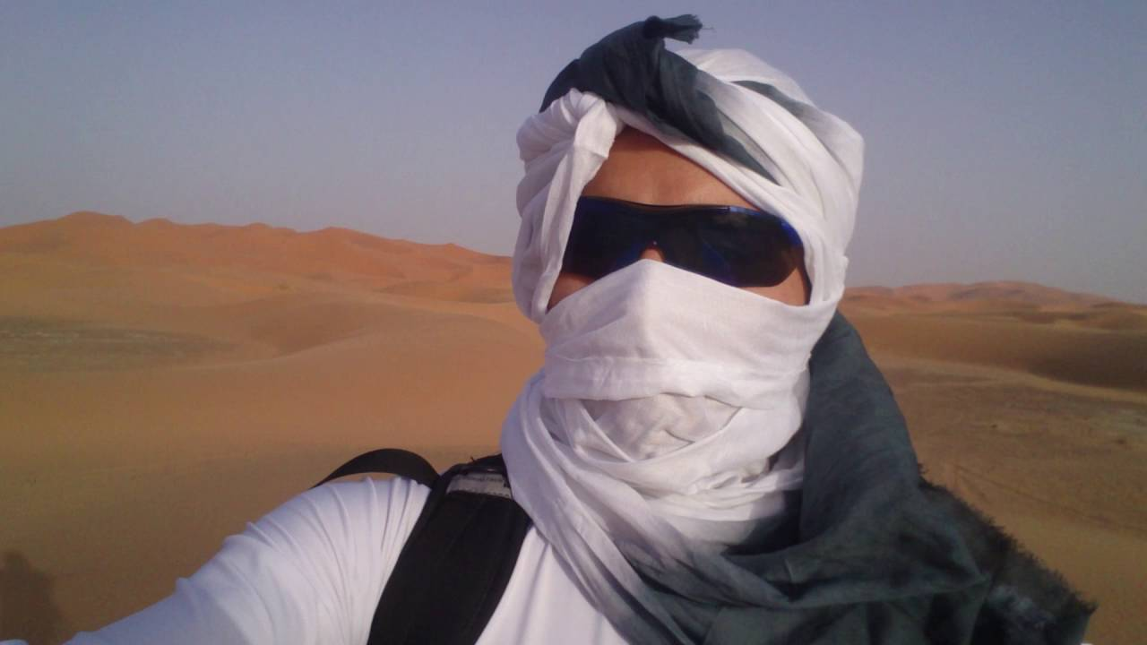 how to survive to sahara sand storm